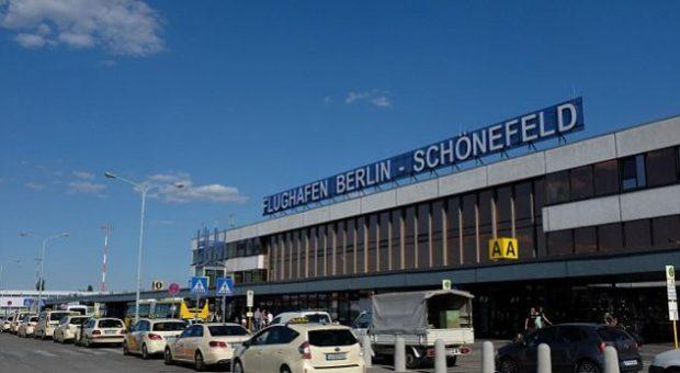 Shkaku i një lodre seksuale evakuohet Aeroporti i Berlinit