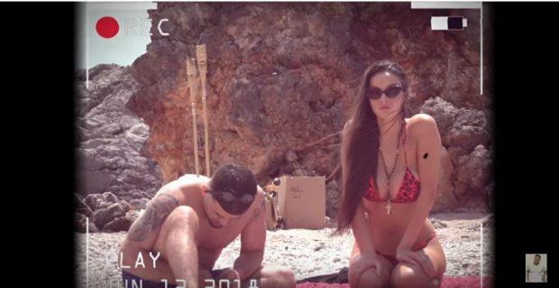 Noizy publikon këngën e re/  Oriola Marashi e ndreq spotin në bikini (FOTO)