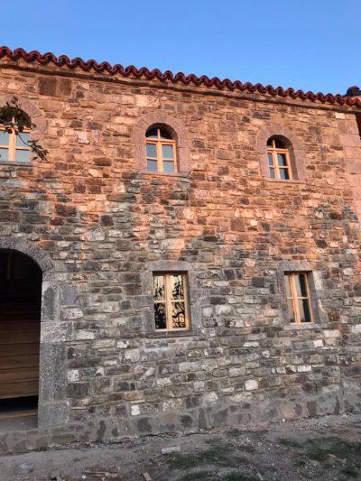 INVESTIMI I RRALLË/  Si bashkohet modernia me të vjetrën në kullën veriore (FOTO)