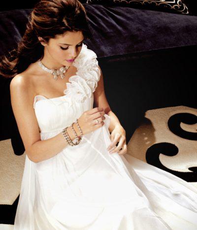 HARROJENI JUSTIN DHE HAILEY/ Selena Gomez do të martohet? Njihuni me aktorin që i ka propozuar