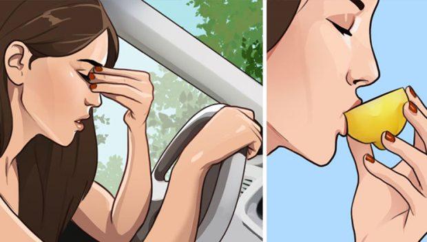Gjashtë truke për të ndaluar ndjenjën e përzierjes kur udhëtoni me makinë