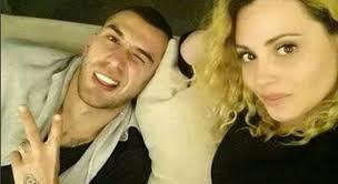 """""""SI PA DASHJE""""/  Fjorentina e hodhi publikisht një thumb për Olsin: Shif kushëririn tënd në… (FOTO)"""