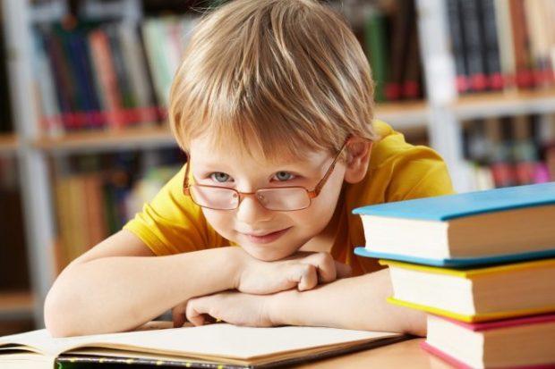 Drita e syve tek fëmijët tuaj, simptomat dhe kur duhet të shkojmë tek mjeku