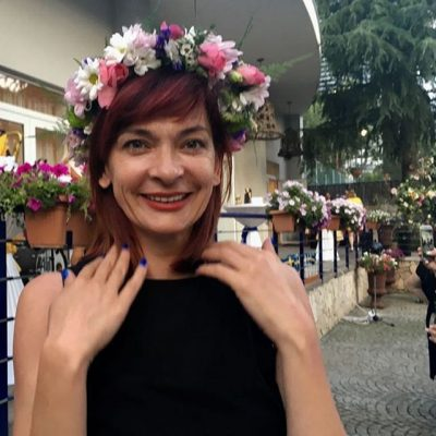 """EMA ANDREA RRËMBEN ÇMIMIN """"AKTORJA MË E MIRË""""/ """"Nëna dhe fëmija"""" triumfon në """"FIAT-Festival"""""""