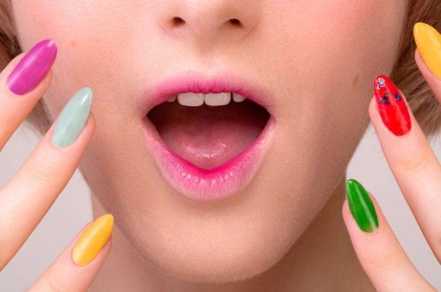"""""""BUZËT KOREANE""""/ Trendi i fundit i make up- it dhe ne po e dashurojmë (VIDEO)"""