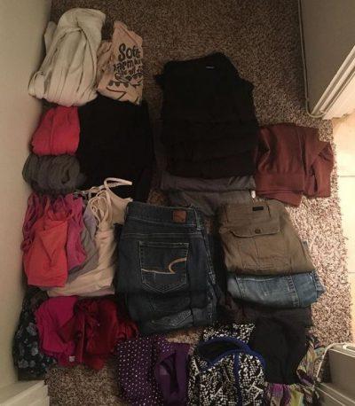 THJESHT PO JU ZËNË VENDIN!/ Kategoritë e rrobave që duhet t'i zhdukni nga dollapi