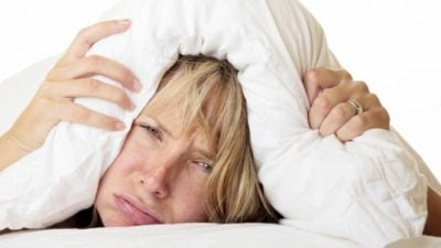 Njerëzit e zgjuar janë të çrregullt/ Flenë vonë dhe shajnë shumë