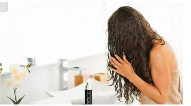 Dallimi midis maskës dhe balsamit për flokë: Çfarë është më mirë të përdorni!
