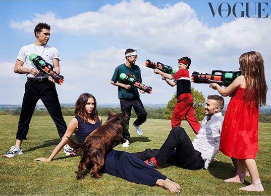 """E gjithë familja Beckham në kopertinën e """"Vogue"""""""