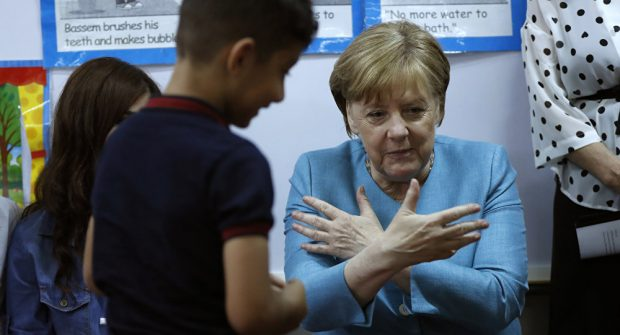 """Gjermanët në """"shok"""", i mituri afgan përdhunon shokun e klasës por i shpëton ligjit"""