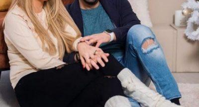 E quajti tradhtare dhe u tha që janë ndarë/ Reagon bashkëshortja e këngëtarit shqiptar: Për të gjithë ata që… (FOTO)
