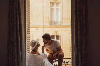 KONTRROLLO LISTËN/ 12 gjërat shumë intime që bëjnë vetëm të dashuruarit (FOTO)