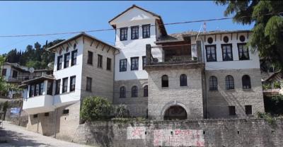 MUZETË E DIKTATURËS/ Studiuesi rumun: Duhet të ndryshojnë koncept