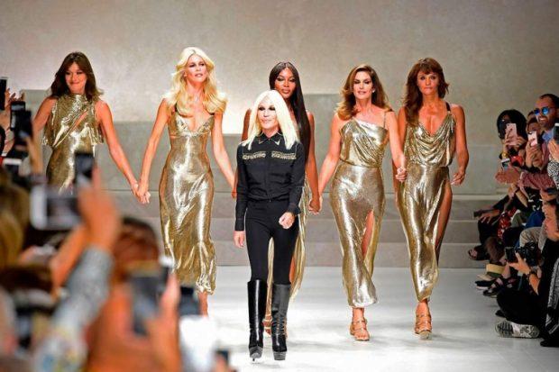 Zyrtarizohet shitja e Versace-s tek Michael Kors/ Zbulohet marrëveshja e arritur (FOTO)