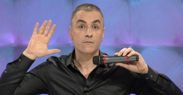 """Pas 13 vitesh/ Arian Cani bën ndryshimin """"e çuditshëm"""" në emision (FOTO)"""