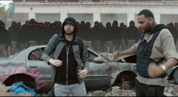 """""""LUCKY YOU""""/ Eminem publikon klipin e ri të këngës së fuqishme (VIDEO)"""