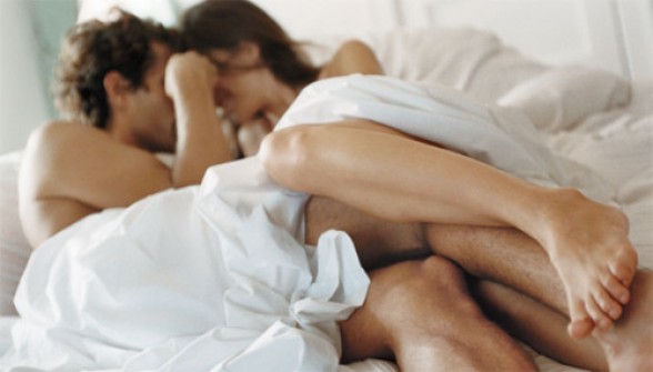Ja 8 arsyet pse keni marrëdhënie seksuale të dhimbshme