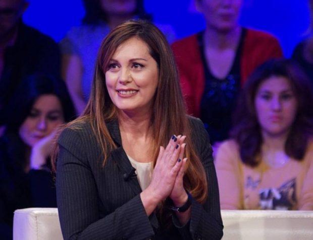 JO VETËM LARGIME/ Ekipi i spikerëve të TCH plotësohet me rikthimin e Monika Stafës