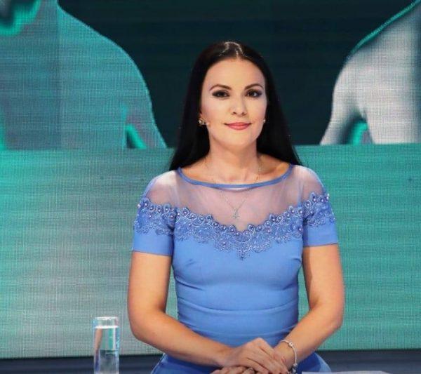 """Moderatorja më e re në """"Top Channel""""/ Ja kush është Oriela Kosho"""