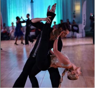 """Çifti i balerinëve shqiptarë prek suksesin ndërkombëtar/ Pjesë e """"Dance With Me"""" në Amerikë"""