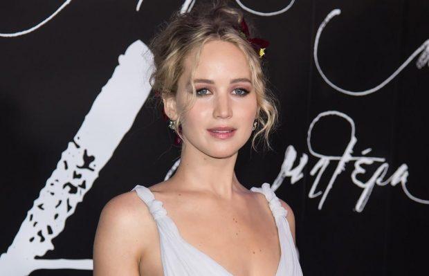 """Zbulohet """"dieta"""" e Jennifer Lawrence: Mund të ha çdo gjë, por ushtrohem shumë"""