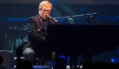 50 VITE KARRIERË/ Turi i fundit i Elton John