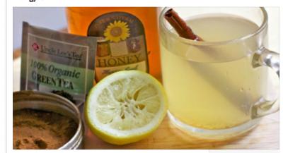 Arsyet përse duhet të konsumojmë ujë me limon dhe me spec të kuq në mëngjes