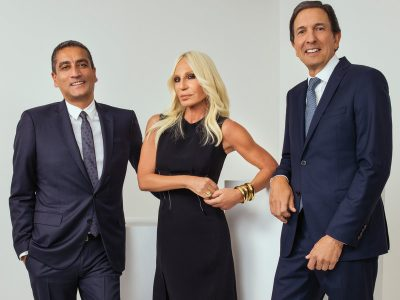 Versaçe shitet për 2 miliardë dollarë/ Donatella dhe Michael Kors flasin për bashkëpunimin