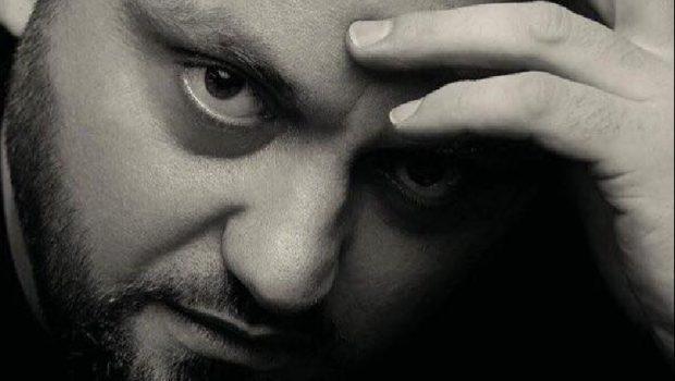 """TINGUJT E MUZIKËS POP DHE ROCK NDEZIN TIRANËN/ Ish-solisti i grupit """"Kthjellu"""" vjen me koncert recital"""