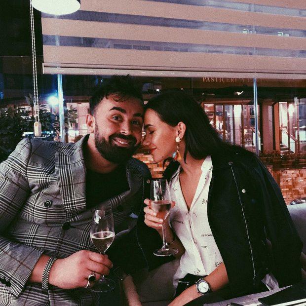 MJALTI I DASHURISË/ Fatma merr surprizën e ëmbël nga i dashuri, Alfio Rrotani në ditën e lindjes (FOTO)