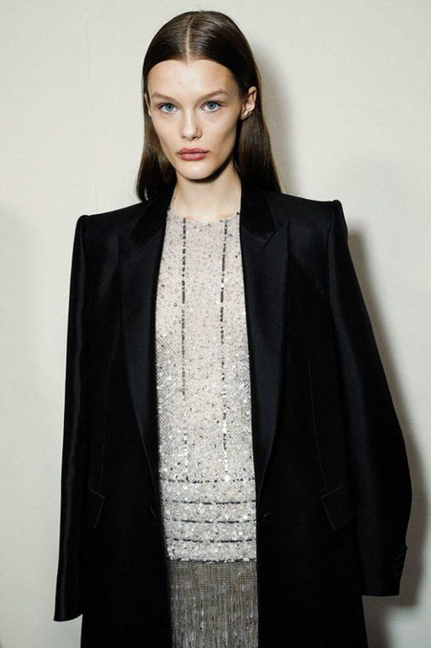 TË VISHEMI SI BURRAT? Givenchy e këshillon këtë dhe rezultati është fantastik (FOTO)