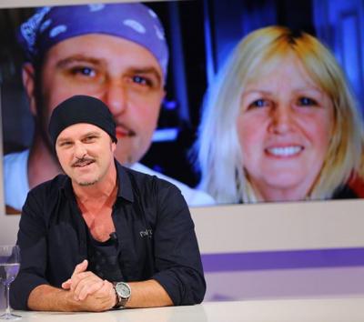 TË DASHURËN E PARË E BLEU E JA LA DIKUJT TJETËR/ Aktori shqiptar habit me rrëfimin e tij (VIDEO)
