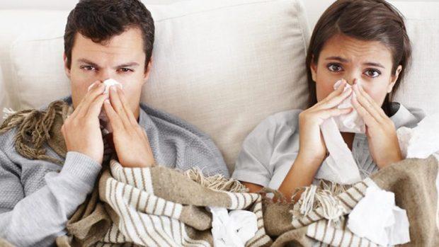 Infenksionet dhe gripi janë përhapur/ Këto ushqime nuk duhet ti hani nëse jeni prekur