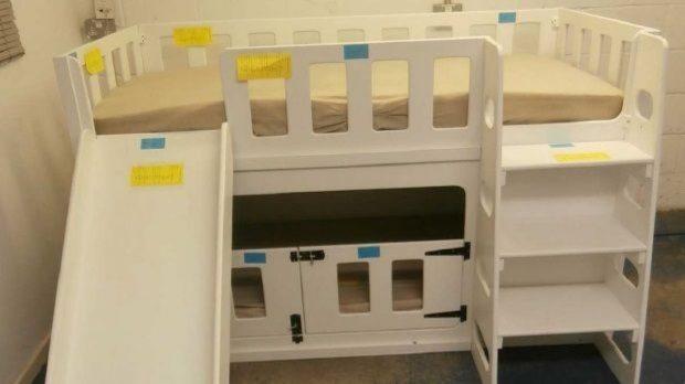 Mbytja e foshnjes 7-muajshe në shtrat/ Akuzohet dizenjuesi i krevatit (FOTO)