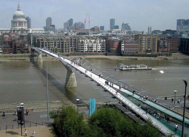 """""""TË MAHNITSHME""""/ Këto janë urat e këmbësorëve më të bukura në botë (FOTO)"""