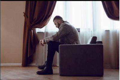 """MAJK PUBLIKON FOTON E DJALIT/  Reperi dhe Roani ngjajnë si """"dy pika ujë"""""""