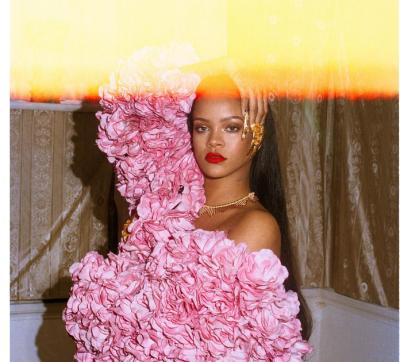 """""""Rihanna jep sinjalin""""/ Kjo kapele do të na duhet patjetër këtë vjeshtë (FOTO)"""