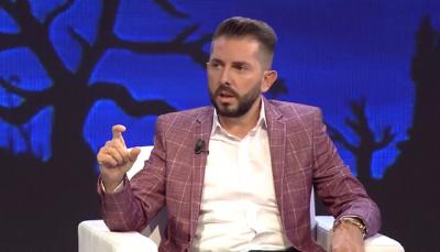 FLET ORGANIZATORI I EVENTEVE/ Këta janë këngëtarët shqiptarë më të kërkuar në Kosovë (VIDEO)