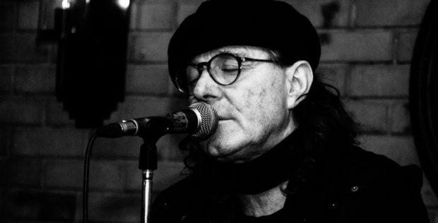 VIJOJNË POLEMIKAT PËR FESTIVALIN/ Aleksandër Gjoka: Vera s'ka lidhje fare me muzikën. Këngët u morën në…