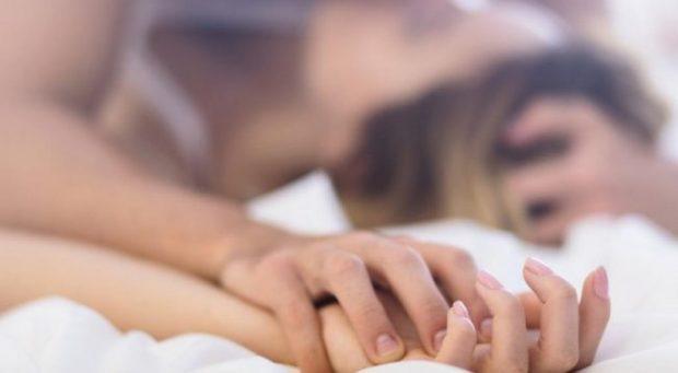 LUMTURONI PARTNERIN TUAJ/ Ja 20 dëshirat e një mashkulli në shtrat