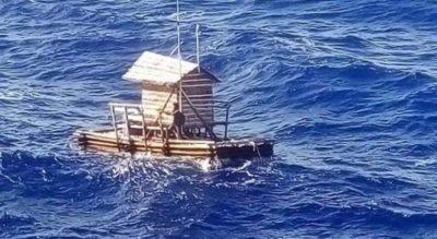 """SI NË FILMA/ 18-vjeçari mbeti i vetëm 49 ditë në det në një """"kasolle peshkimi"""""""