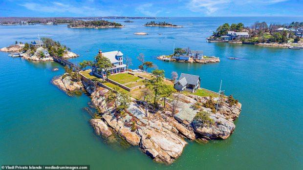 PAMJE TË MREKULLUESHME/ Del në shitje ishulli unik privat për 3 milionë dollarë (FOTO)
