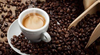 DUHET TA DINI/ Kështu ndikon kafeina në trupin tuaj