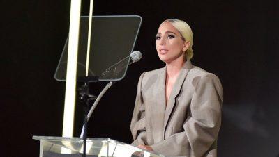 """FJALIM EMOCIONAL NË """"HOLLYWOOD""""/ Ledi Gaga përlotet teksa rrëfen dhunën seksuale"""