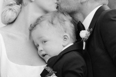 """""""MAMI DHE BABI""""/ Këto foto të Sarës e Ledionit në ditëlindjen e djalit të tyre do t'i adhuroni"""
