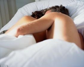 LETRA PËR NJË FEMËR/ Pse dhe si duhet të jetojmë jetën seksuale pa e gjykuar veten si kurva