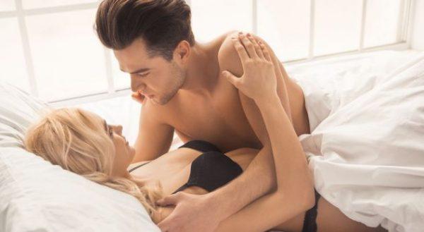 SHPEJT APO NGADALË? Ja si arrihet kënaqësia e përkryer në seks