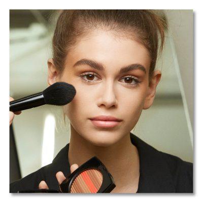 PËR TA BËRË TË ZGJASI MË SHUMË/ Këto janë 2 sekretet e make up-it që duhet t'i dini
