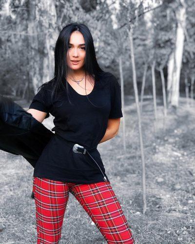 """""""MË KA MARRË MALLI""""/ Klea Huta shpreh publikisht mallin për Elgitin (VIDEO)"""