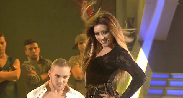 """PAS 5 VITESH/ Ronela Hajati rikthehet në """"Kënga Magjike"""" (VIDEO)"""